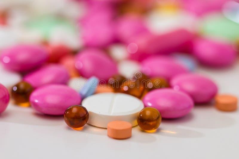 治疗配药药片规定 免版税库存照片