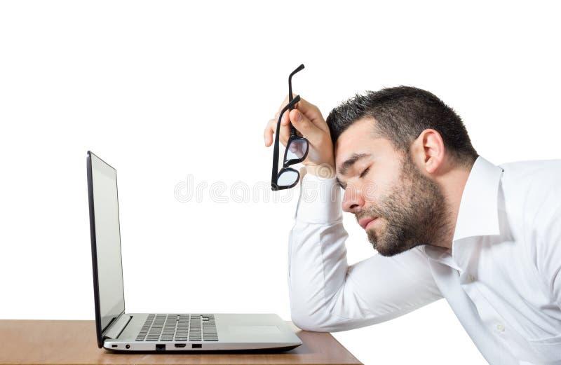 疲乏的雇员注重足够睡觉 免版税库存照片