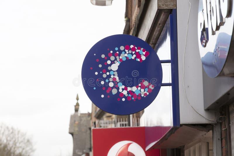 癌症研究慈善商店标志-斯肯索普,林肯郡,英国- 2018年1月23日 库存图片