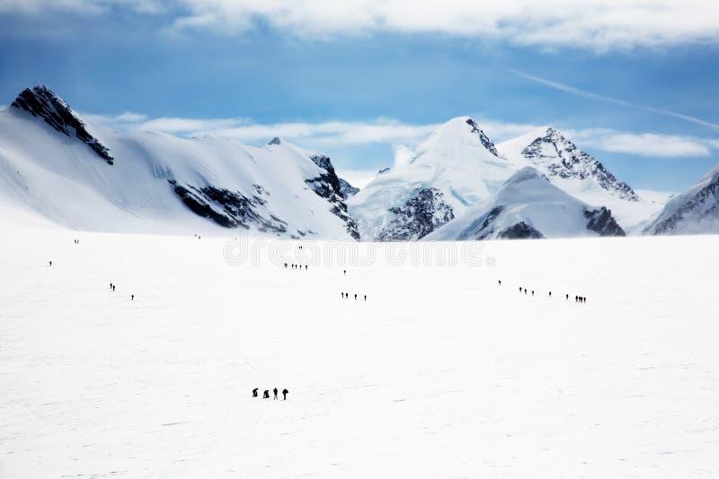 登山人冰川 免版税库存图片