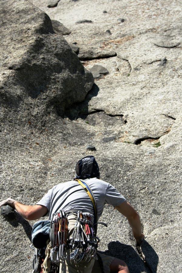 登山人岩石视图 库存照片