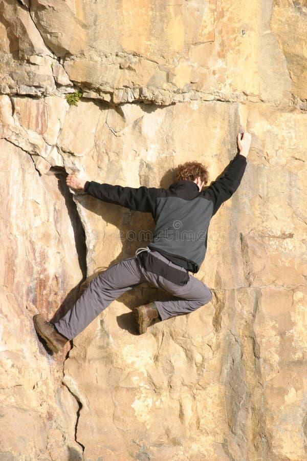 登山人释放 免版税库存图片