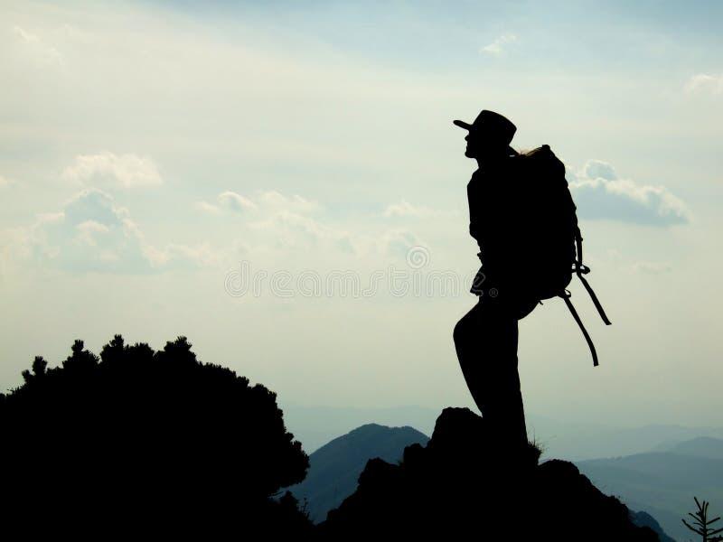 登山家剪影 库存照片