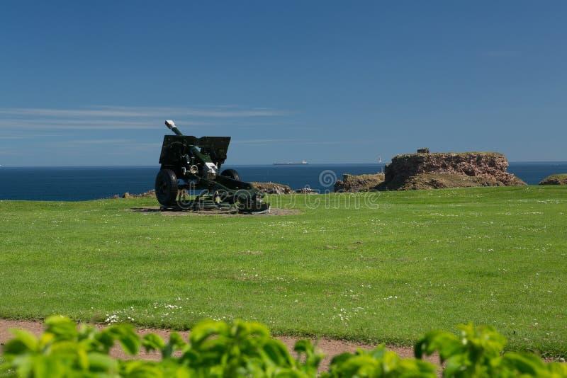 登巴港口和城堡野战炮 库存照片