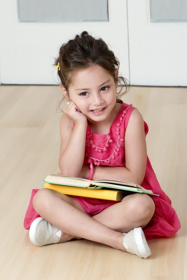 登记学龄前儿童 图库摄影