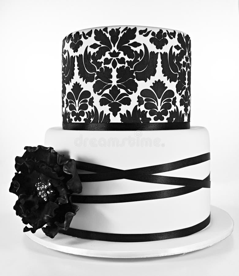 黑白两有排列的蛋糕 免版税图库摄影