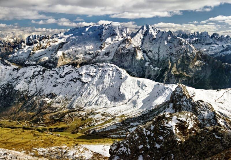 白云岩意大利马尔莫拉达山 库存图片