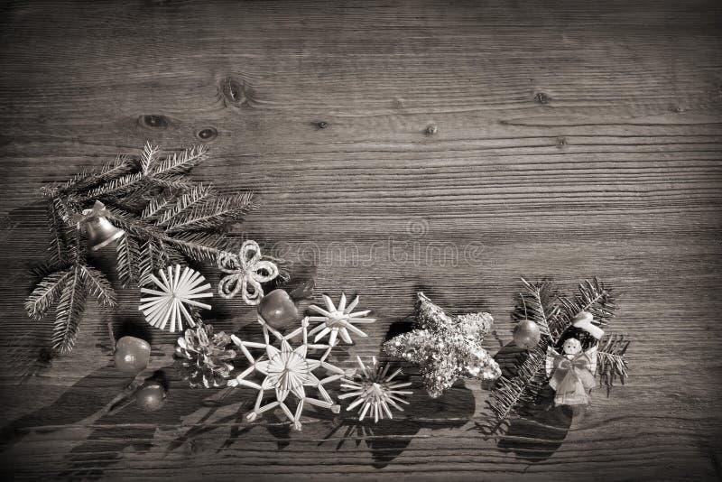 黑白圣诞节的背景 免版税库存图片