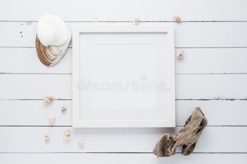 白方块框架嘲笑 库存图片