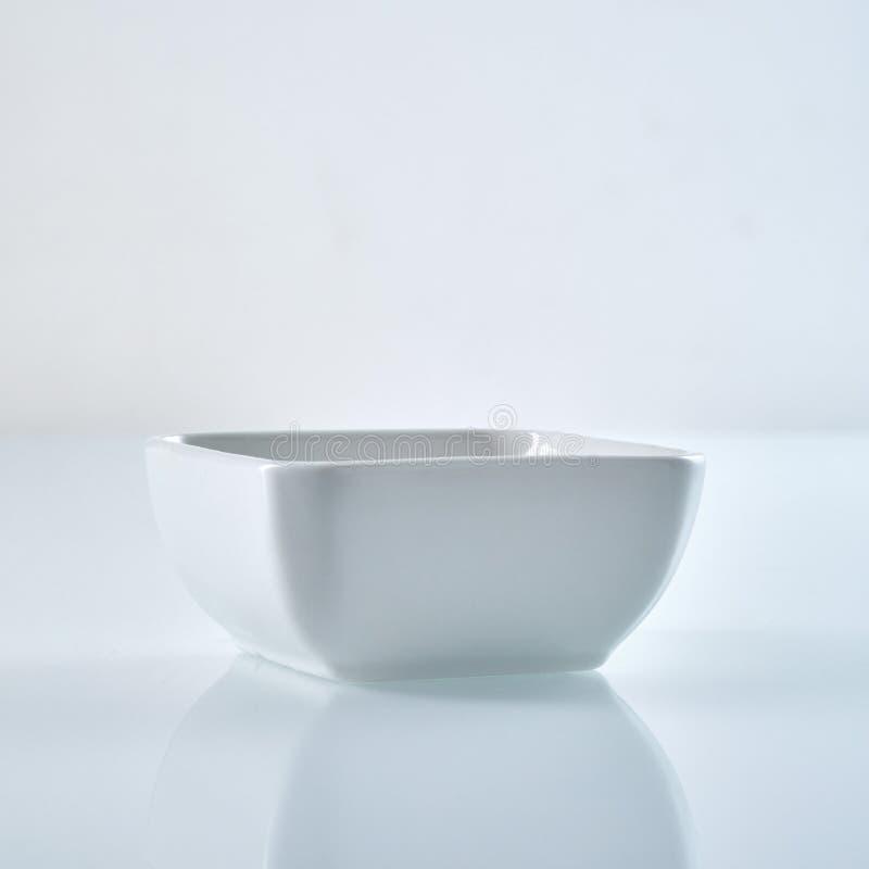 白方块碗 免版税库存图片