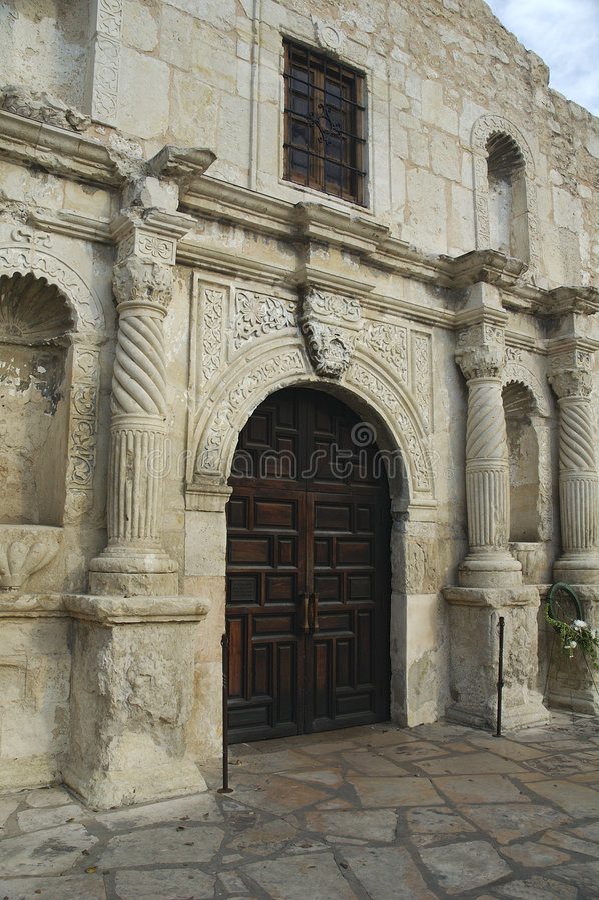 白杨教堂入口 免版税库存图片