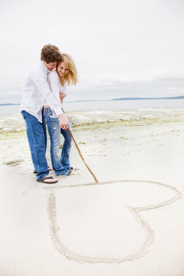白种人夫妇爱 免版税库存图片