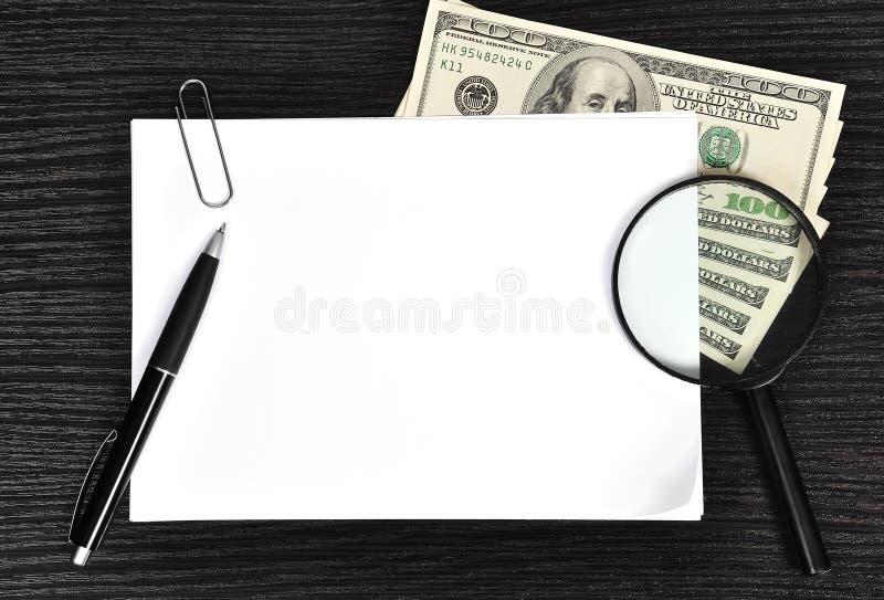 Download 白纸 库存图片. 图片 包括有 想法, 班珠尔, 透镜, 放大器, 货币, 招贴, 文书工作, 投资, 事故 - 30325855