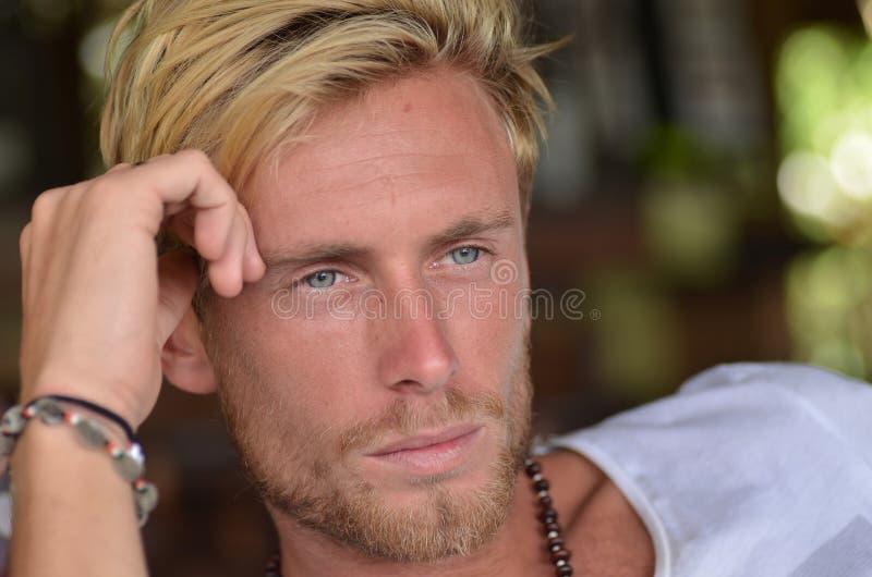 白肤金发的人 库存图片