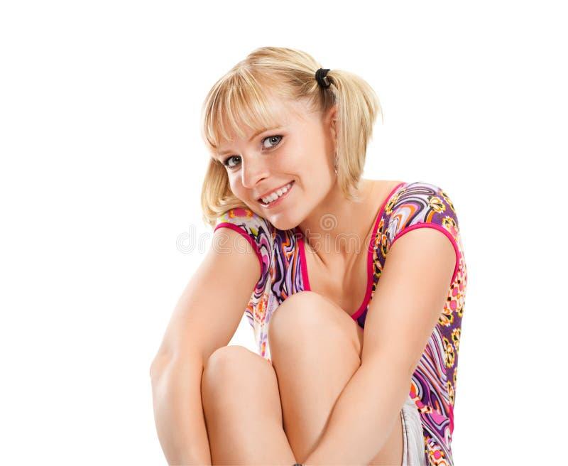 白肤金发的女孩愉快的纵向 免版税库存照片