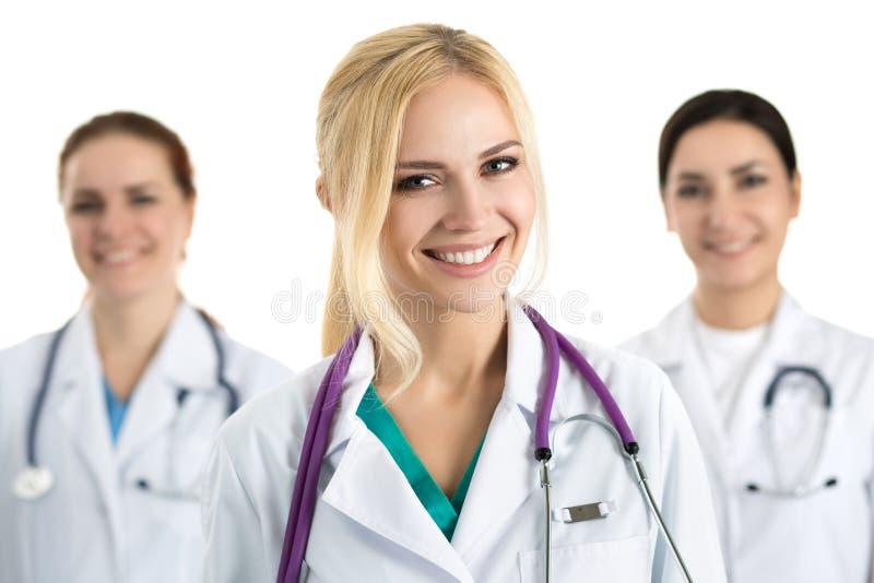 年轻白肤金发的女性医生画象  免版税库存图片