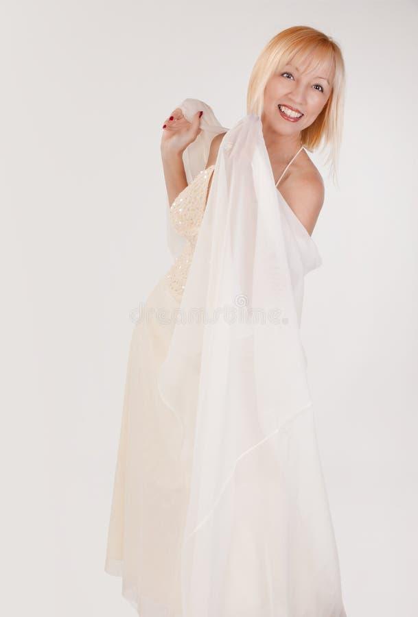 白肤金发的愉快的妇女 库存图片