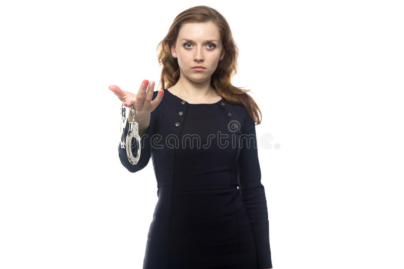 白肤金发的手铐妇女 免版税库存照片