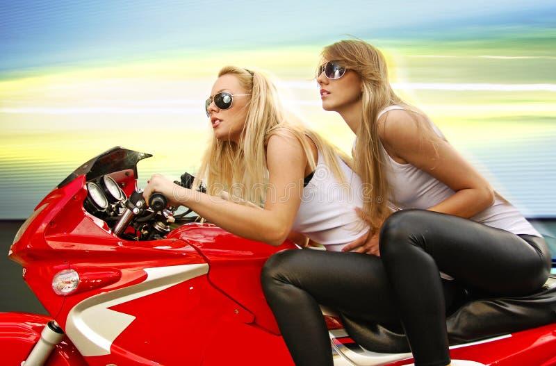 白肤金发的摩托车二 免版税库存图片