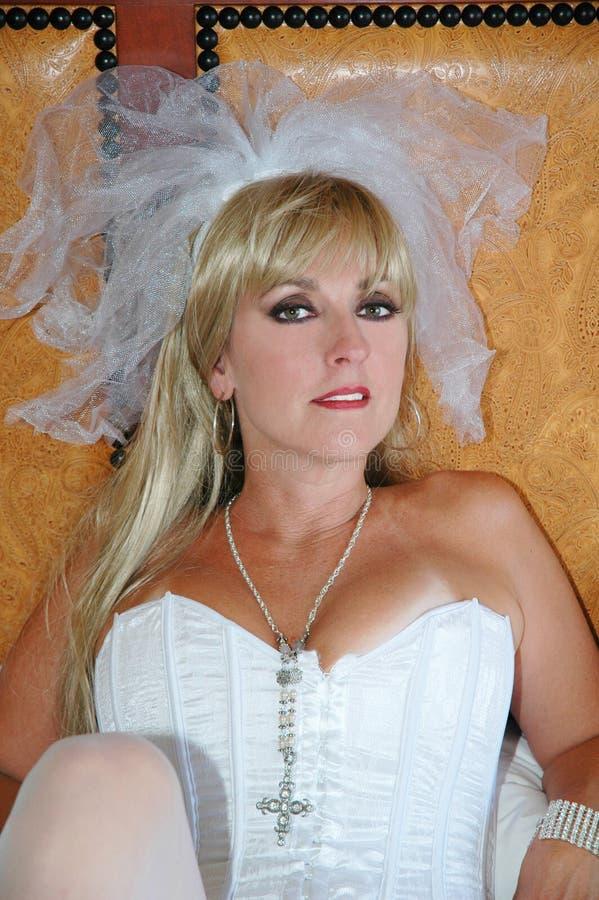 白肤金发的新娘 免版税库存照片