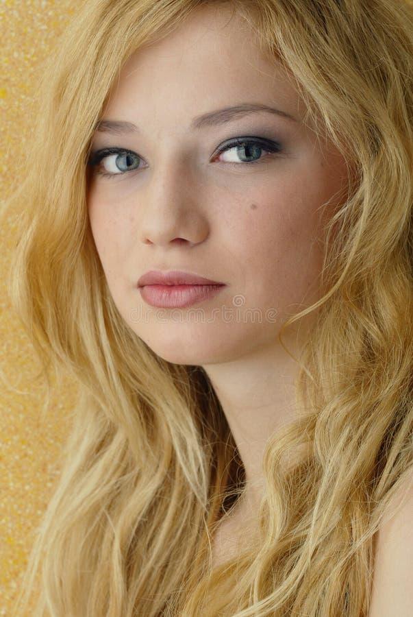 白肤金发的秀丽 免版税图库摄影