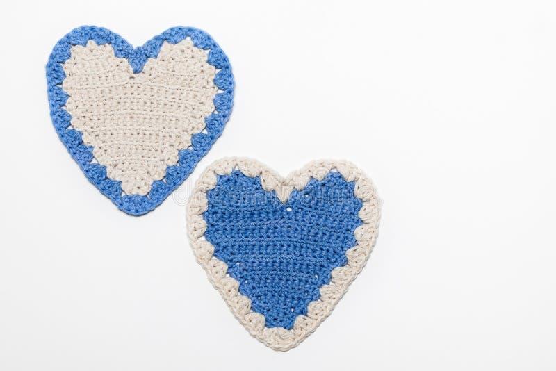白色和蓝色钩针编织被编织的重点 皇族释放例证