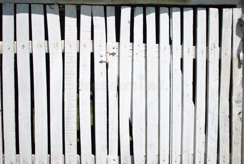 白色好的篱芭板条 免版税库存图片