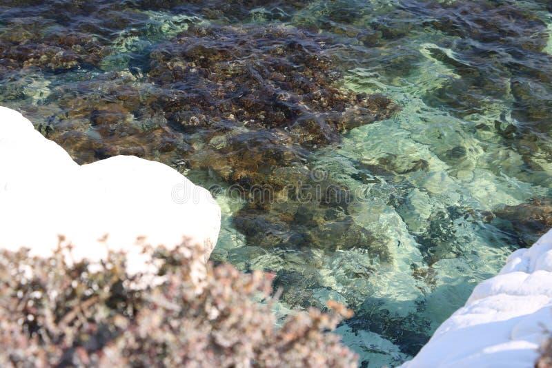 白色岩石在美丽的塞浦路斯 图库摄影