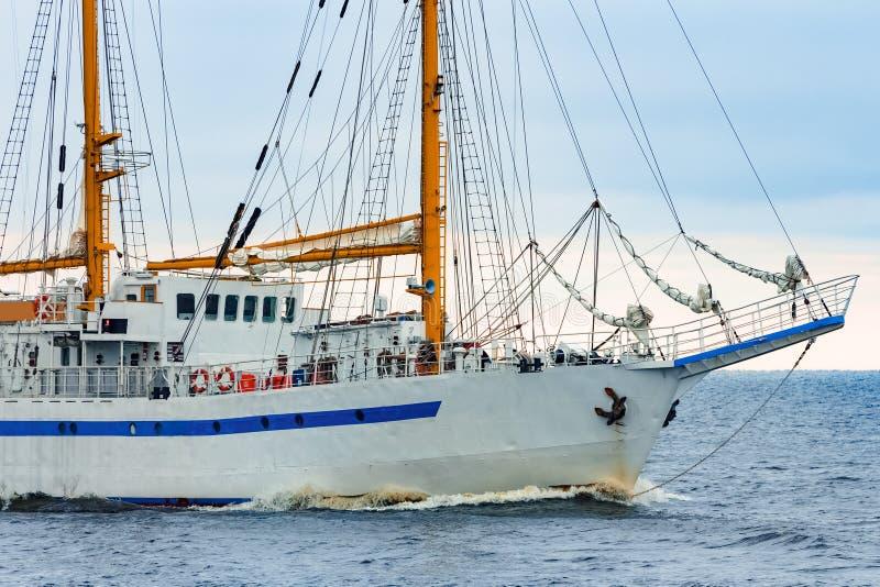 白色帆船 库存照片