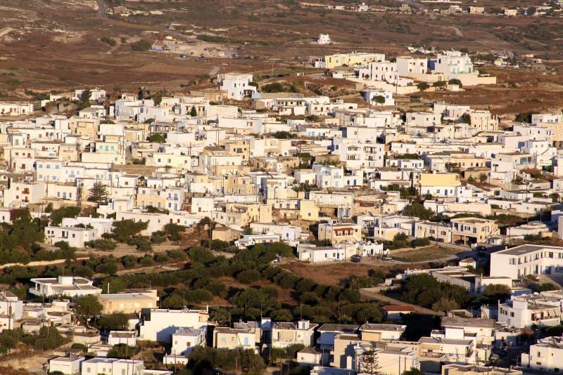 白色房子在芦粟海岛01上的希腊村庄 库存照片