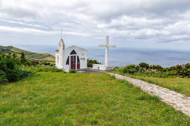 白色教堂在弗洛勒斯 免版税库存照片