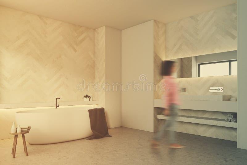 白色木卫生间,被定调子的圆的木盆边 库存例证