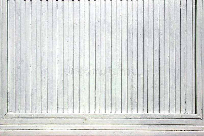 白色木头上广告盘区 免版税库存图片