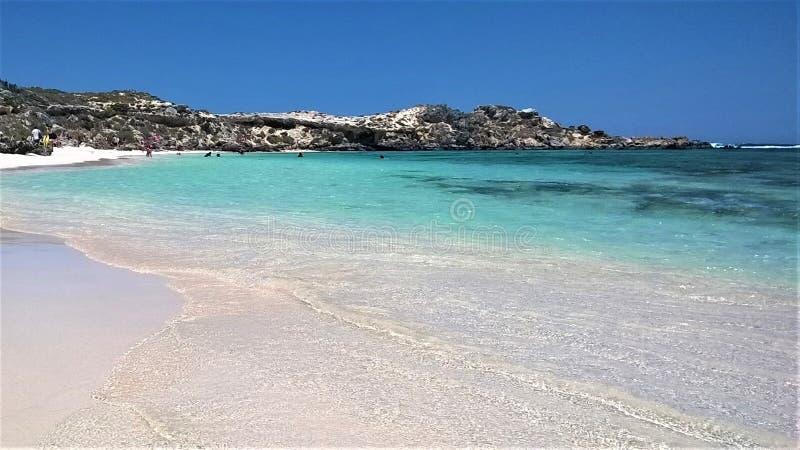 白色沙子使Rottnest海岛澳大利亚西部靠岸 库存图片