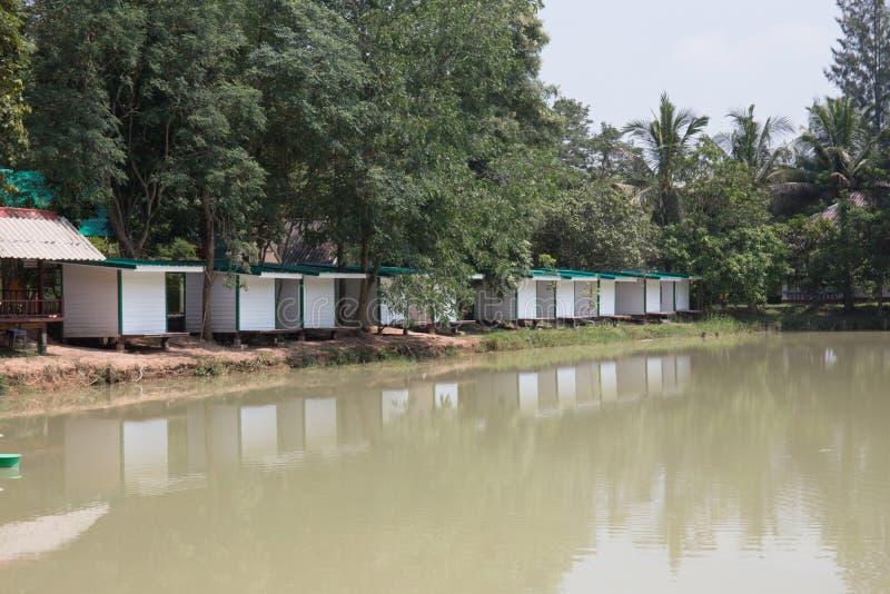 白色泰国房子 库存照片