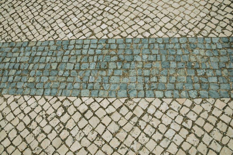 白色石路面特写镜头在方形的形状的 免版税库存照片
