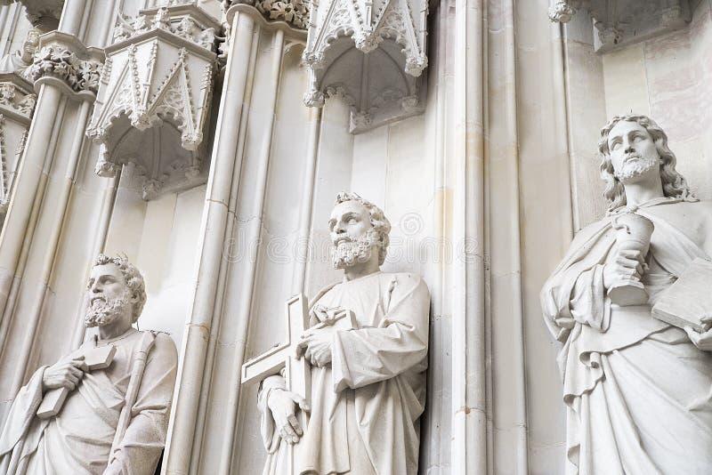 白色石头的雕刻的构成 库存照片
