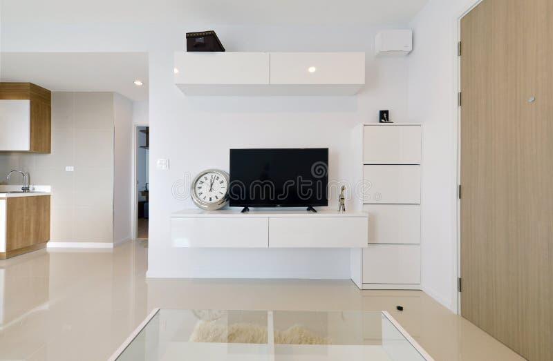 白色豪华现代生存内部和装饰,内部des 库存图片