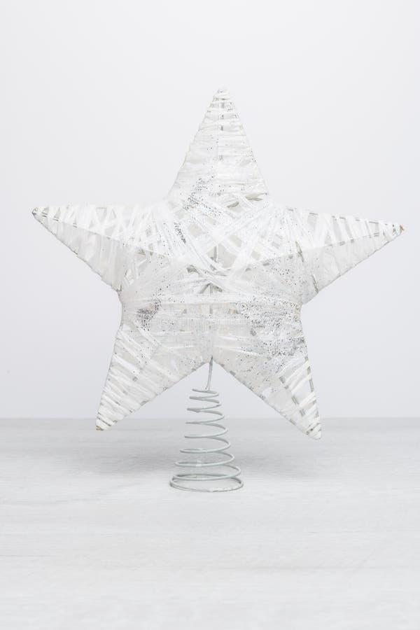 白色闪烁的星状圣诞节 免版税库存照片