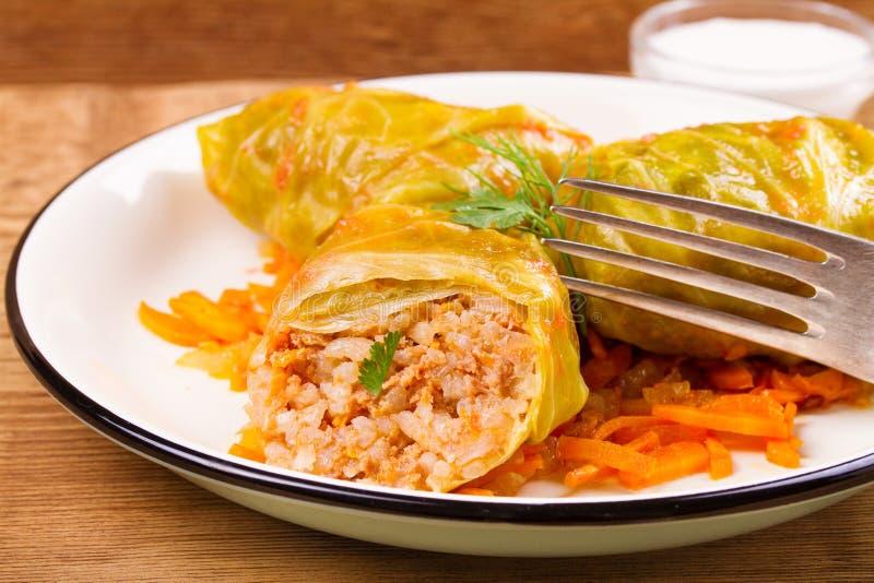 白菜卷叶子用肉 圆白菜滚动用肉;米和菜 免版税库存图片