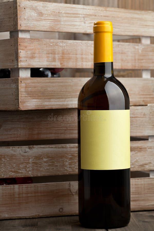 白葡萄酒瓶 图库摄影