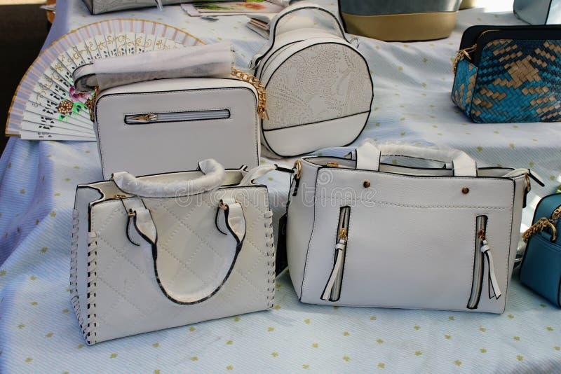 白革袋子不同的设计 免版税库存照片