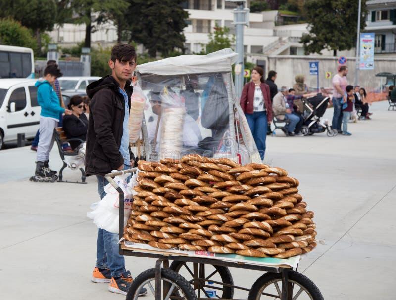 百吉卷供营商在伊斯坦布尔 免版税库存图片