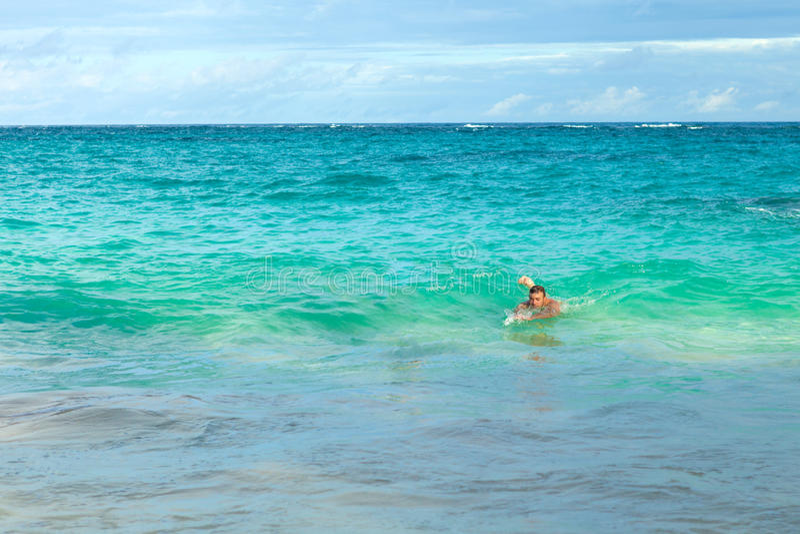 百慕大海滩游泳者 图库摄影