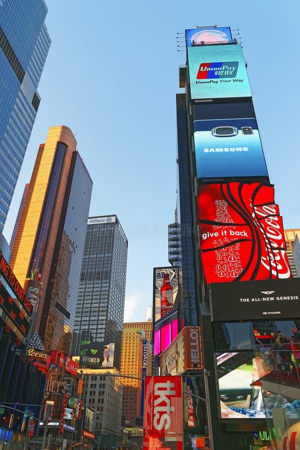 百老汇和第7个Ave摩天大楼时代广场的 免版税库存照片