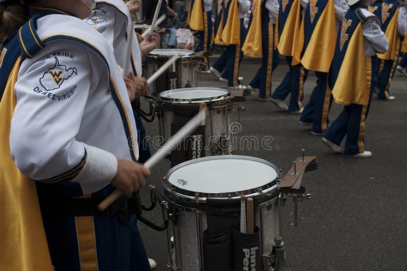 的一位鼓手西维吉尼亚游行乐队 库存图片