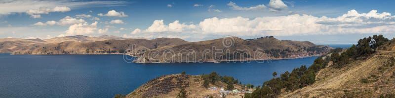 的喀喀湖全景  免版税库存图片