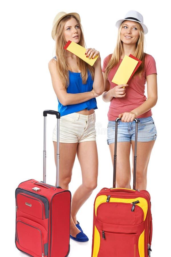 质朴的女孩旅客 免版税库存照片