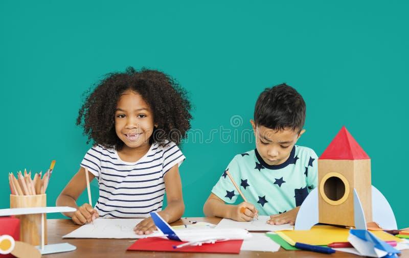 画的小孩速写概念 库存照片