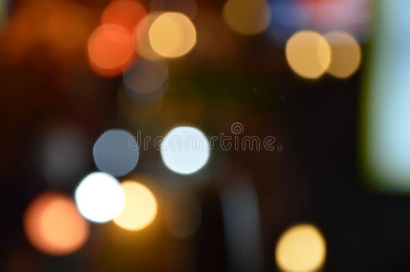 轻的抽象背景五颜六色的圈子  免版税库存照片